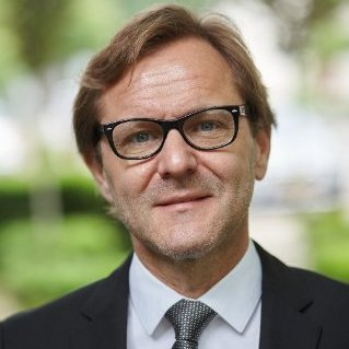 Prof. dr. Curd Bollen en zirconia implantaten